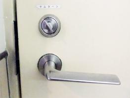 ビル入り口ドア